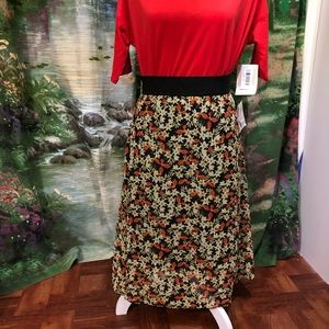 Brand New Floral LuLaRoe Lola Skirt